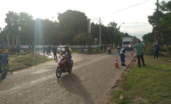 Prefeitura realiza Arrastão da Limpeza na BR-010