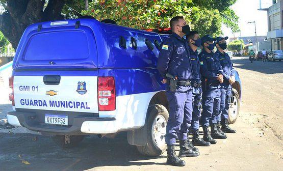 Guarda Municipal prende cinco homens em três ocorrências distintas