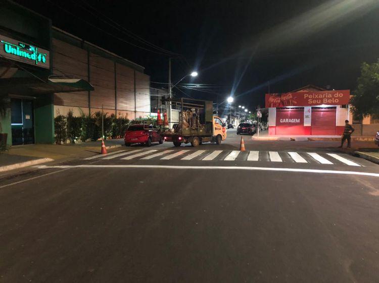 Faixa de pedestre é implantada na Avenida Santa Teresa