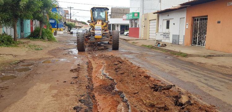 Prefeitura inicia recuperação de trecho da Rua Beta no Bacuri