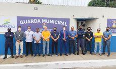 Comando da Guarda Municipal em frente a sede da corporação.
