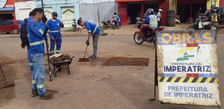 Rua Euclides da Cunha recebe Operação Tapa-buracos