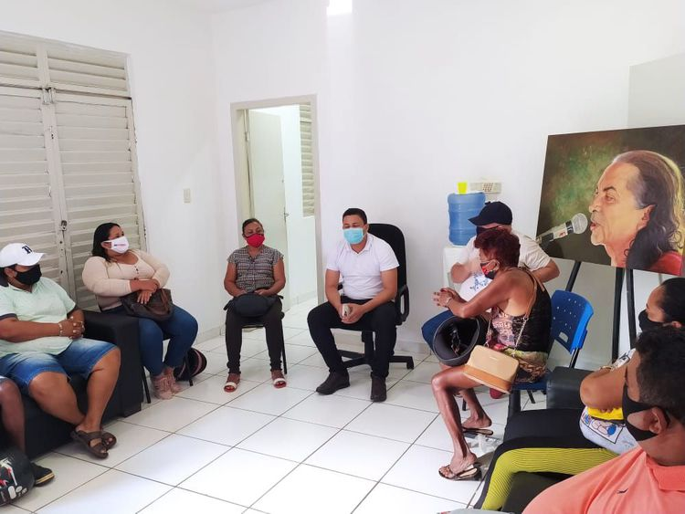 FCI e empreendedores da Praia do Cacau dialogam sobre período de veraneio