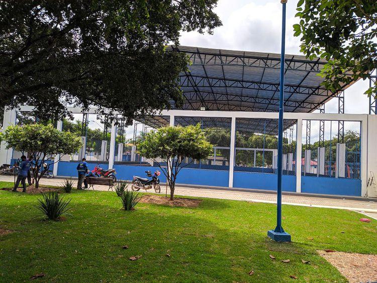 Quadra poliesportiva da Praça Mané Garrincha será inaugurada nesta sexta-feira, 12 - Prefeitura Municipal de Imperatriz