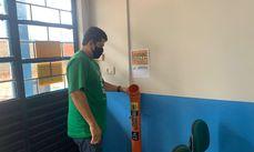 Instalação dos coletores é realizada pela equipe da Secretaria de Meio Ambiente